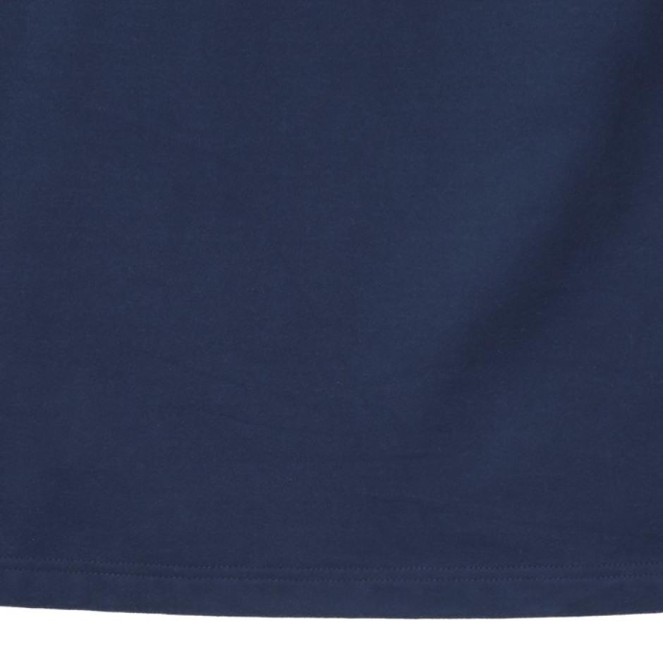 등판 그래픽 라운드 티셔츠