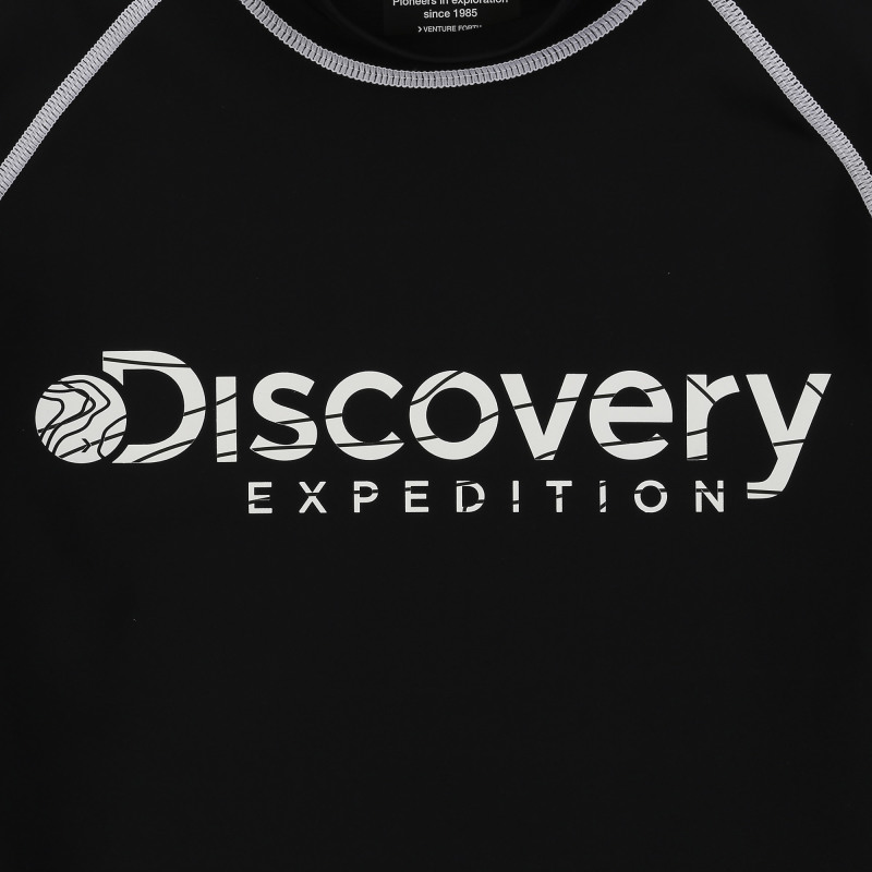 디스커버리 익스페디션(DISCOVERY EXPEDITION) 남성 베이직 로고형 래쉬가드-(BLACK)